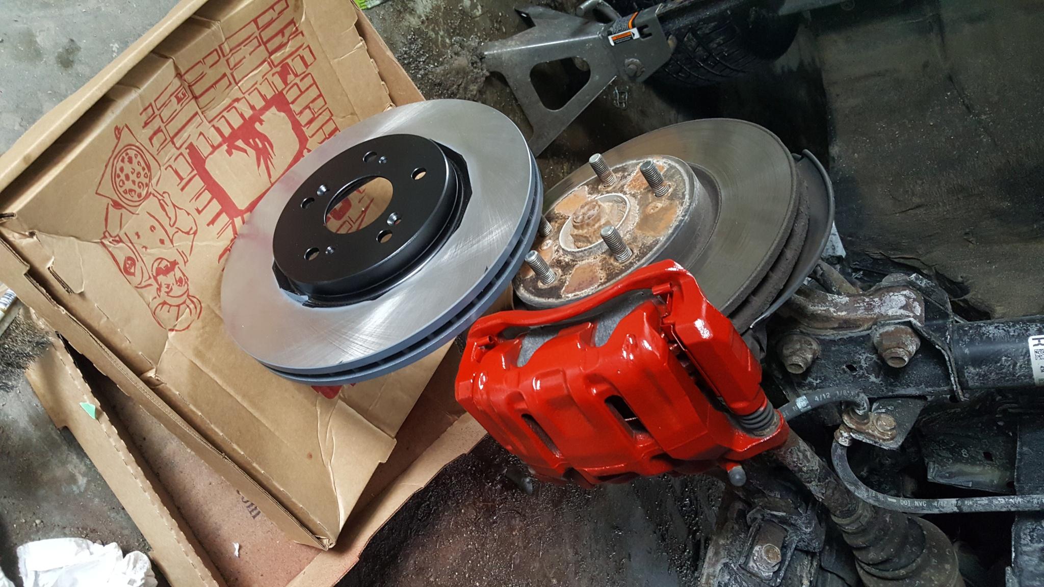 Honda CRV brakes painted red
